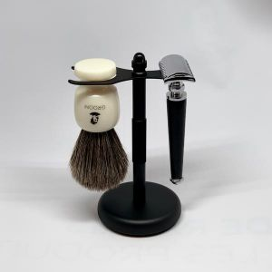 GROOM Shaving Brush and Razor Stand